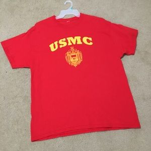 Men's Gildan USMC Short Sleeved Tee.